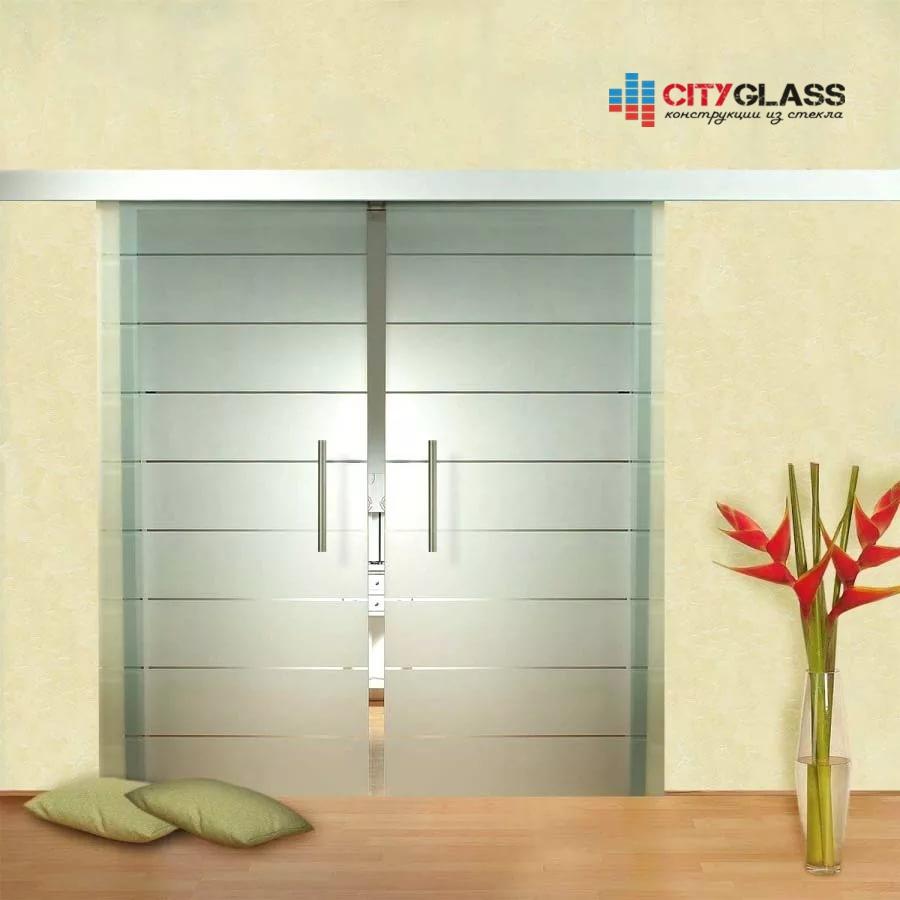 Галерея стеклянных душевых ограждений - D04