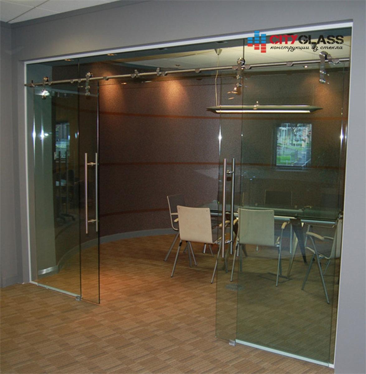 Галерея стеклянных душевых ограждений - D10