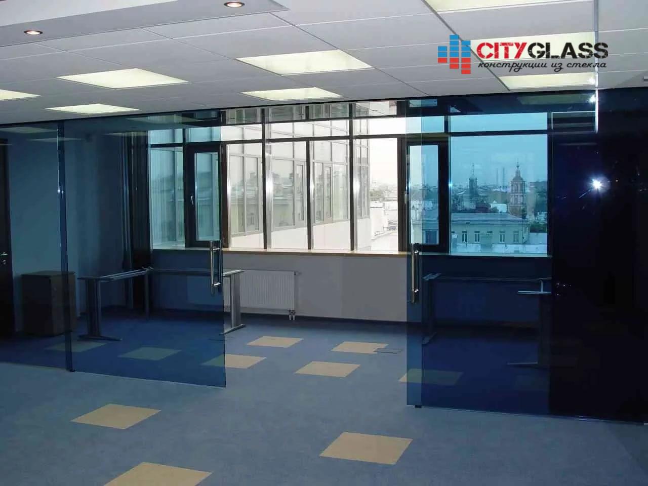 Галерея стеклянные двери на заказ - d25