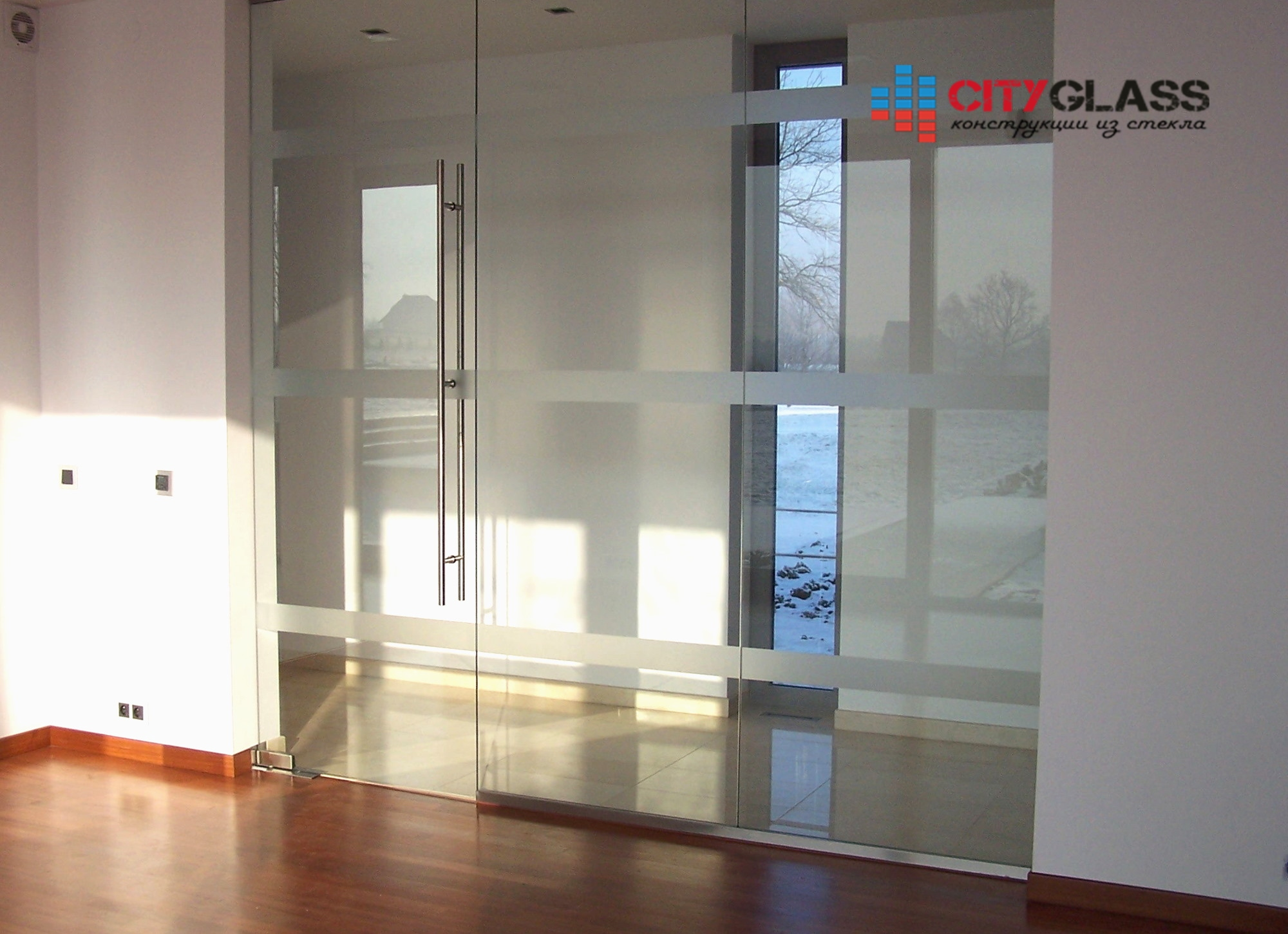 Галерея стеклянные двери на заказ - d44