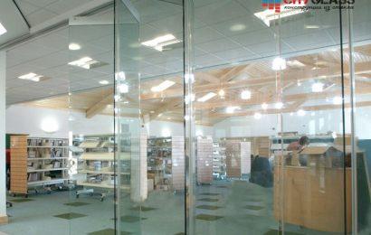 Галерея - стеклянные перегородки для торговых центров